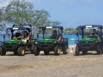 Off-road tour Curacao met een gator