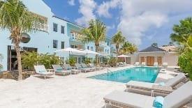 Dolphin suites & wellness Curacao