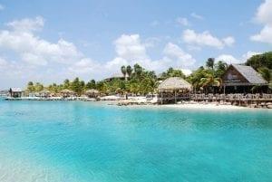 KLM Curacao Marathon: Lions Dive Hotel
