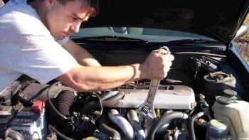 tweedehands auto kopen op curacao als je zelf kunt repareren