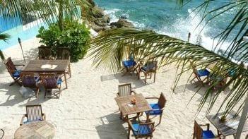 Curacao Scuba Lodge - eten aan zee in Pietermaai