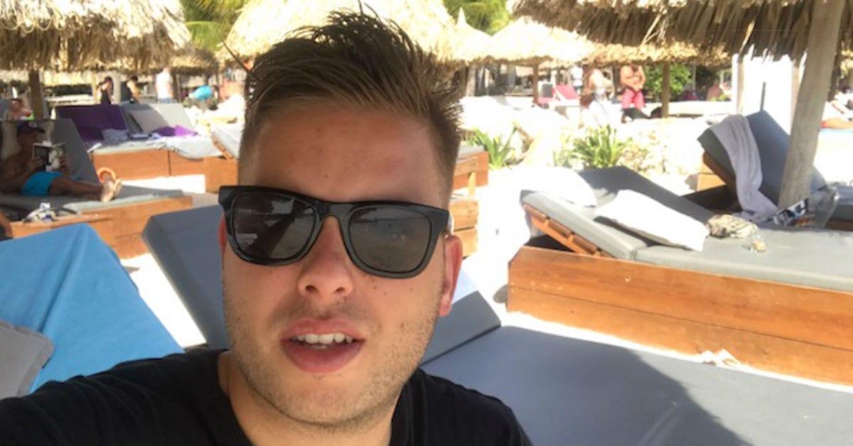 Kenneth de Haan vlogt uit Curacao