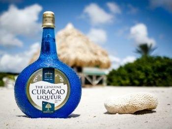 blue curacao likeur tour