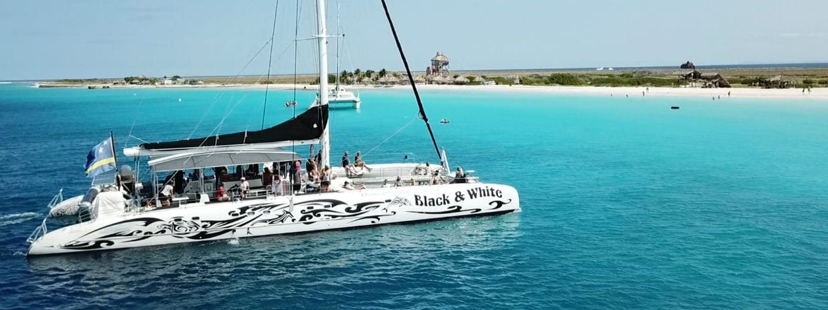 Klein Curaçao catamaran Black White