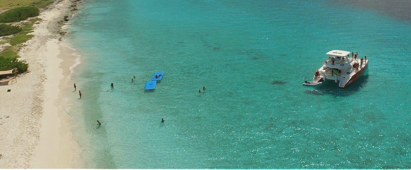 topcat-catamaran-klein-curacao-breeze