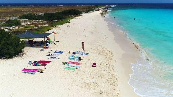 Breeze Klein Curaçao schaduw