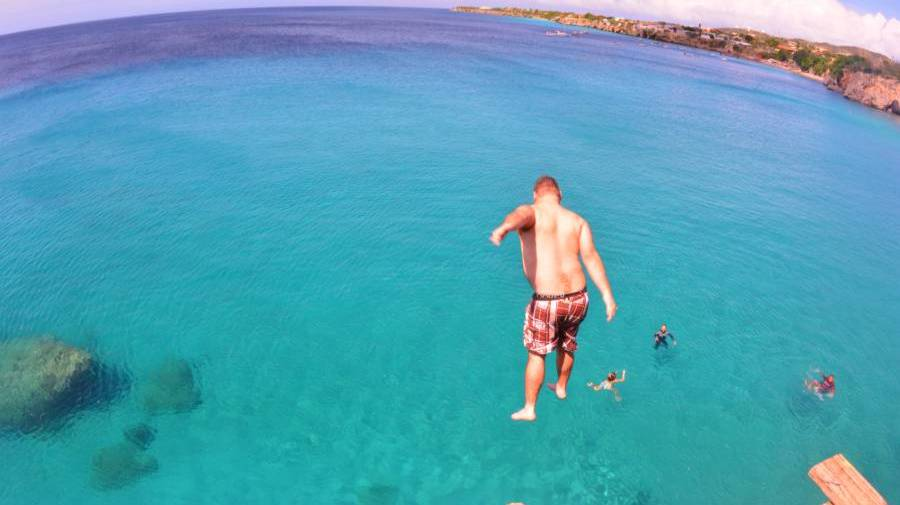 snorkeltour westpunt curacao playa forti springen