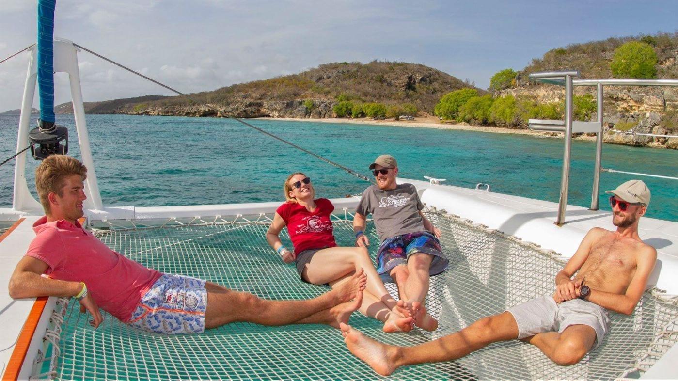 curacao catamaran boottocht all inclusive