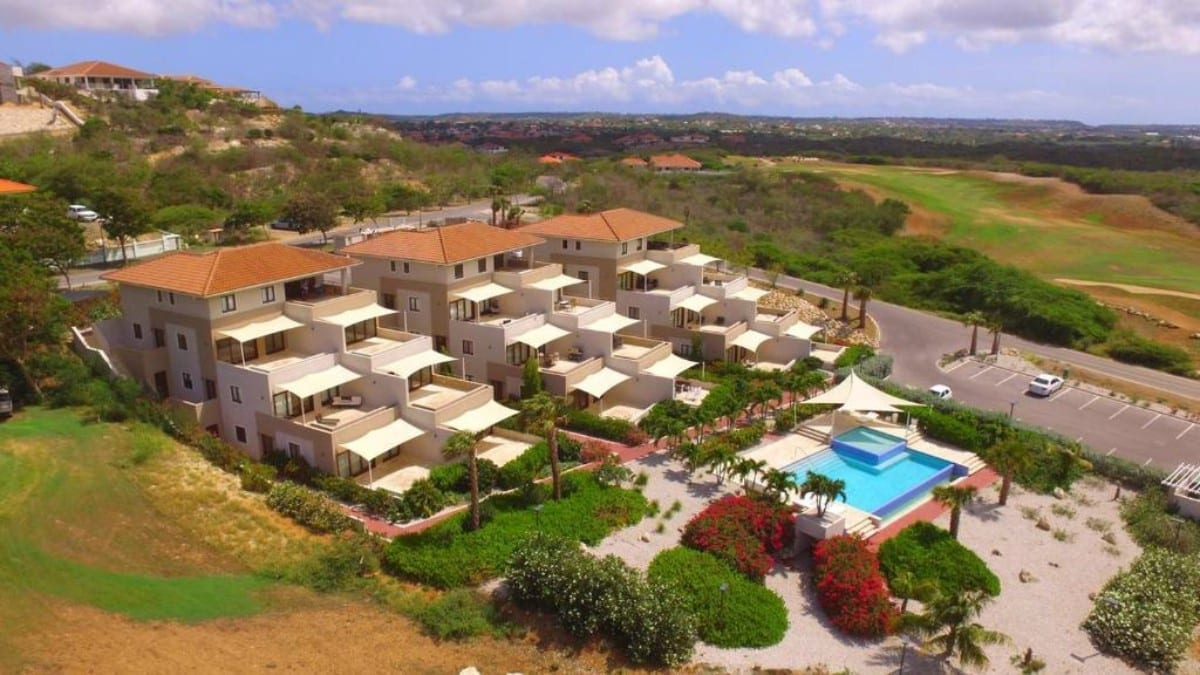 green view curacao appartement blue bay golfbaan