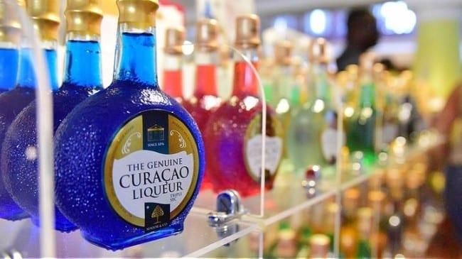 bustour curacao Discover Curacao blue curacao