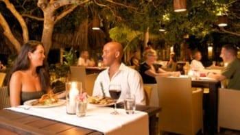 azzuro curacao blue bay restaurant