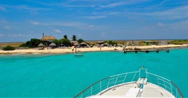 klein curacao beachhouse luxe miss ann