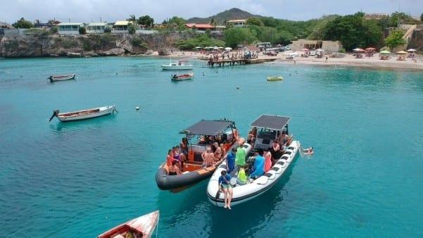powerboat piskado grandi curacao westpunt tour 600x338 2