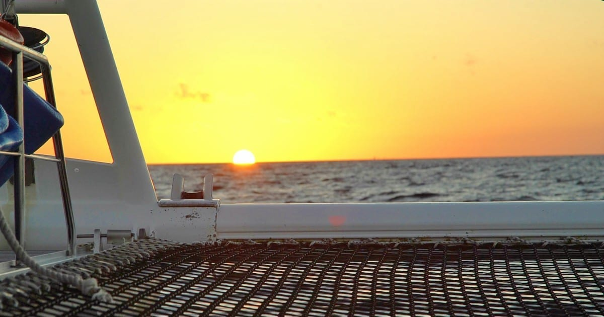 Sunset sail per catamaran op Curaçao