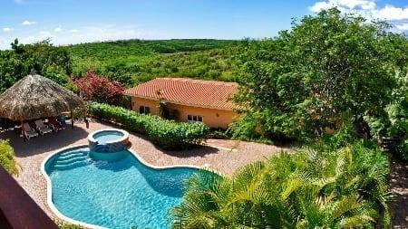 Home Sweet Home miniresort curacao zwembad uitzicht