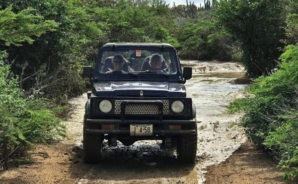 Off-Road rijden Curaçao Jeeptour