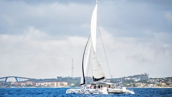 catamaran curacao black white blue finn charters