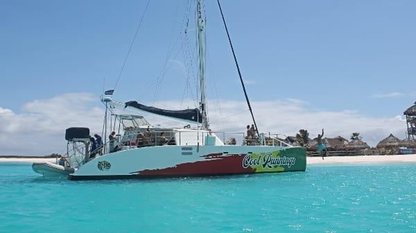 catamaran curacao cool runnings irie tours jonalisa